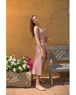 Falda de raso rosa