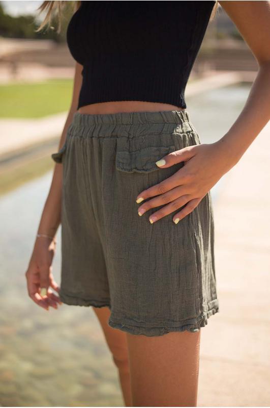 Short lino goma cintura kaki
