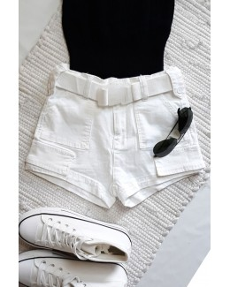 Short blanco 4 bolsillos